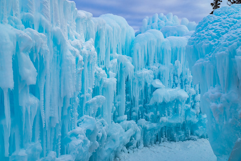 Ice_castle-1.jpg