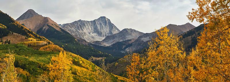 Capitol Peak Pano 1.jpg