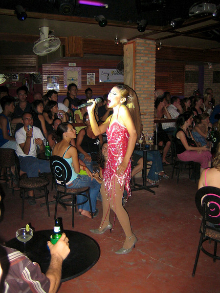 Koh Samui - July 2006 Show at Star Club. There is a huge crowd at that club every evening