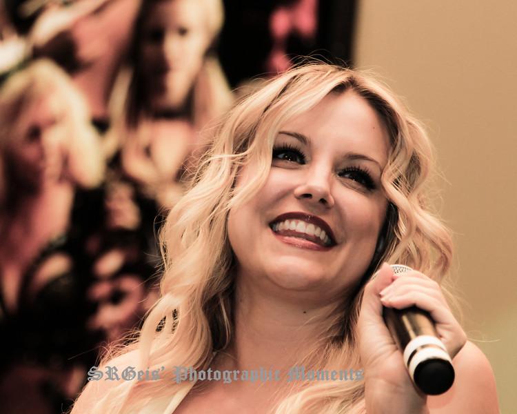 Brittney Powell Xena Con 2011