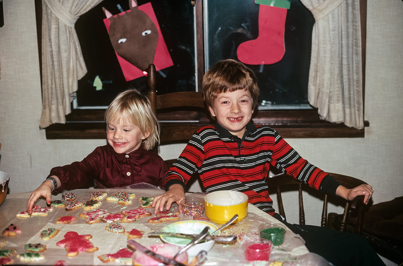 1979-12 (?) Jon & Jennifer Broad Christmas.jpg