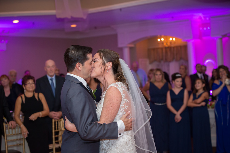 MRN_1000_Loriann_chris_new_York_wedding _photography_readytogo.nyc-.jpg.jpg