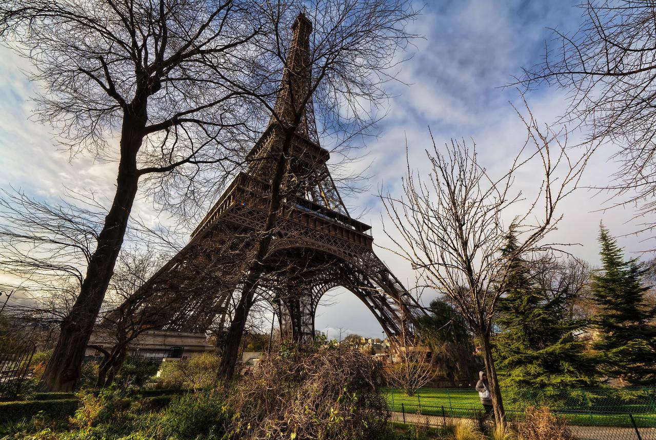 A Walk around the Eiffel Tower