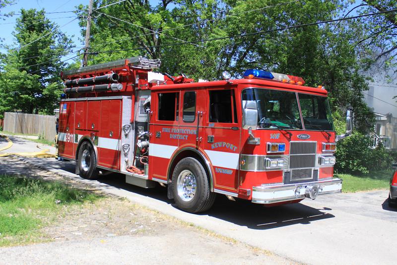 Zion Fire Dept Working Fire 010.jpg