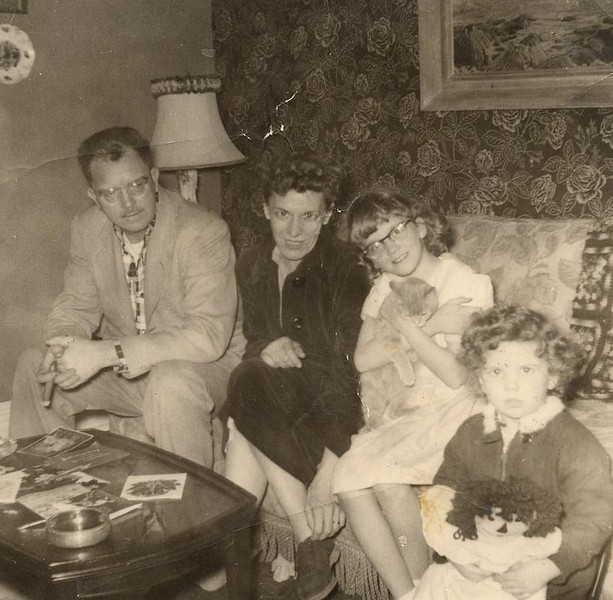 Ernest Dort Pam and Nanc.jpg