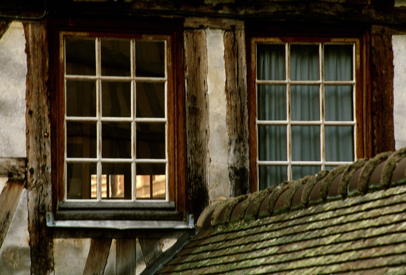 Windows in Rouen