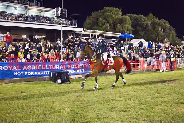 2014 09 29 Perth Royal Show ShowJumping Six Bar Horses