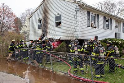 Bloomfield, Ct MVA w/fire 4/20/20