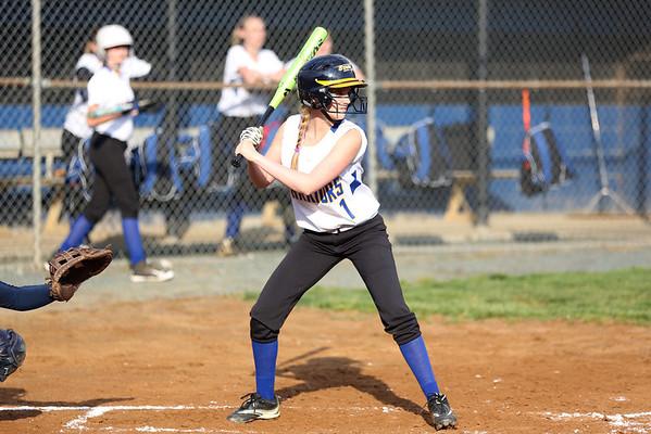 Fluvanna softball blows out Western 2014