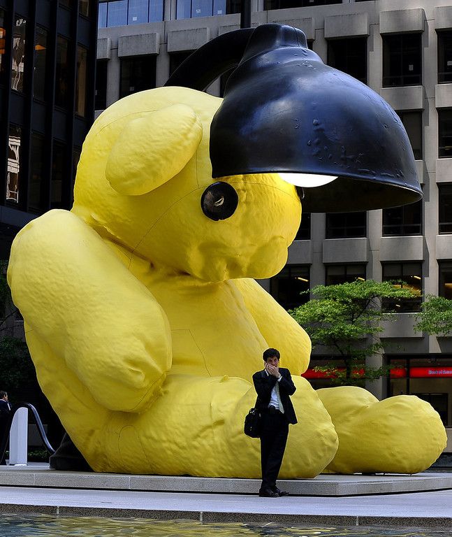 ". Urs Fischer\'s "" Untitled (Lamp/Bear)\"" sits on Park Avenue in New York May 12, 2011 on display as part of  Christie\'s Post-War & Contemporary sale that took place May 11. The 35,000 pound (15.8 metric tons) sculpture sold last night for $6,802,500 USD.   AFP PHOTO / TIMOTHY A. CLARY"