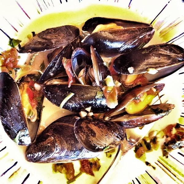 On the table tonite: #PEI #mussels #foodie #food #jux
