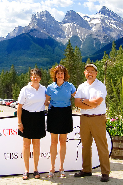 Kristie O'Brien, Nella Cappelletto, and Cly.  Kristie & Nella organized the UBS golf tournament that Cly was asked to be the photographer at.