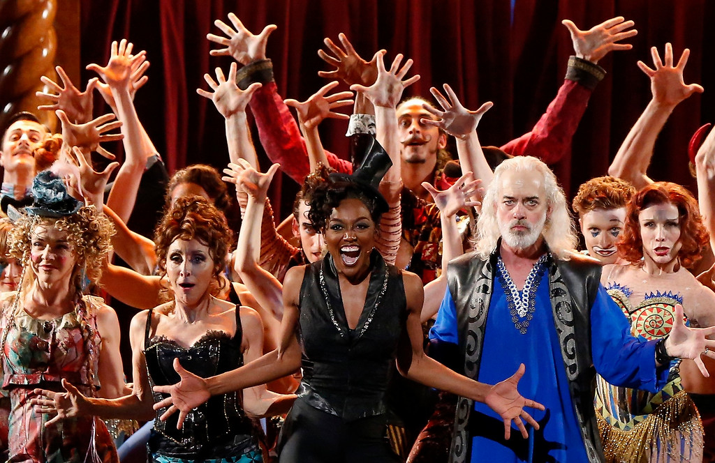 ". Cast members, including actress Patina Miller (C), from the Tony award winning Broadway revival ""Pippin\"" perform during the American Theatre Wing\'s annual Tony Awards in New York June 9, 2013. Miller won the award for Best Performance by an Actress in a Leading Role in a Musical for \""Pippin.\""  REUTERS/Lucas Jackson"
