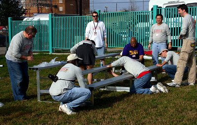 Ohio State and LSU New Orleans Service Project for 2008 BCS Championship