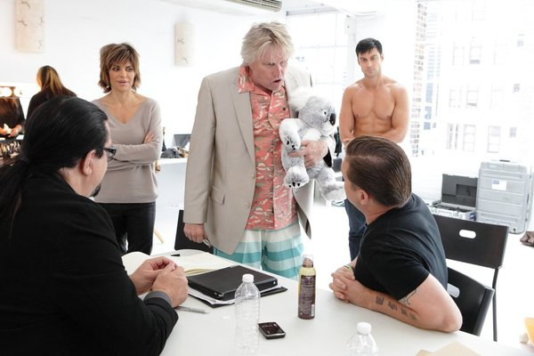 ". ALL-STAR CELEBRITY APPRENTICE -- ""The First Leaf That Hits the Ground\"" Episode 1307-- Pictured: (l-r) Penn Jillette, Lisa Rinna, Gary Busey, Stephen Baldwin -- (Photo by: Douglas Gorenstein/NBC)"