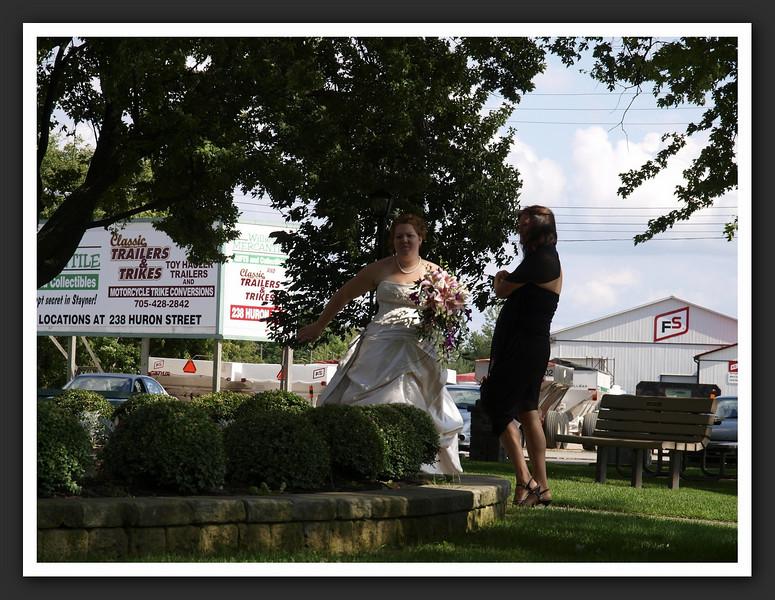 Bridal Party Family Shots at Stayner Gazebo 2009 08-29 127 .jpg