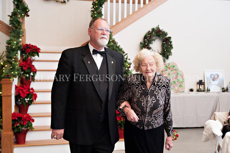 Hillary_Ferguson_Photography_Melinda+Derek_Ceremony018.jpg