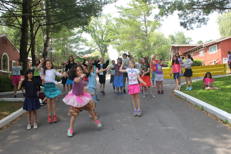kars4kids_thezone_camp_GirlDivsion_SpecialEvents_VisitingDay (393).JPG