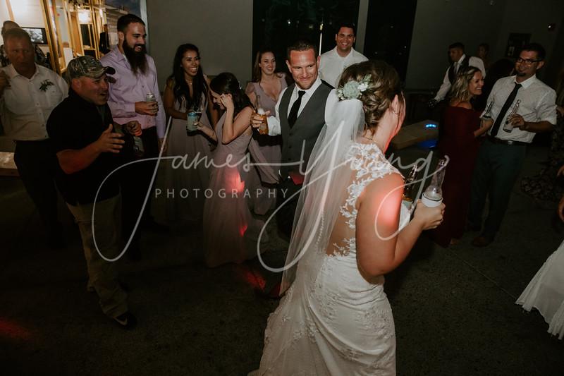 des_and_justin_wedding-2110-4.jpg