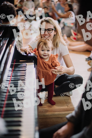 © Bach to Baby 2018_Alejandro Tamagno_St.John's Wood_2018-08-17 040.jpg