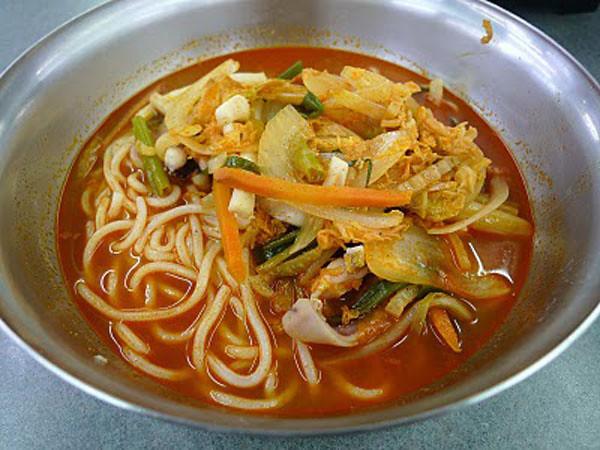 World Food Mart Jacksonville spicy seafood noodle soup.jpg