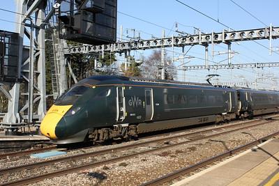800 012, Swindon Station.