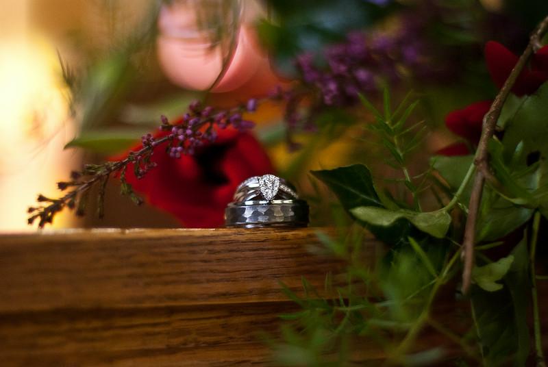 Candle Light Wedding. Rings ~ Calvary United Methodist, Arnold's Park Iowa 51331