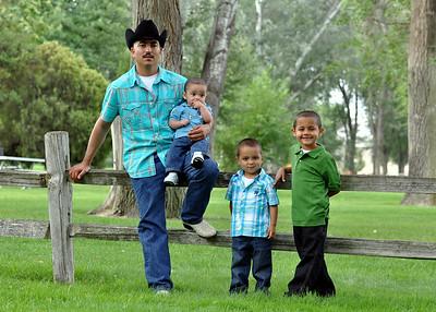 Manual & Family