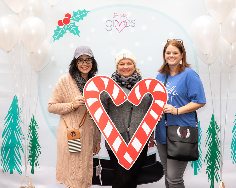 November 2018_Gives_Holiday Open House-5032.jpg