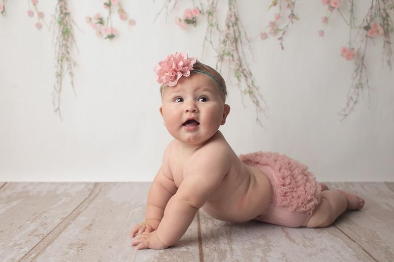 Talia's 6 month session-4.jpg