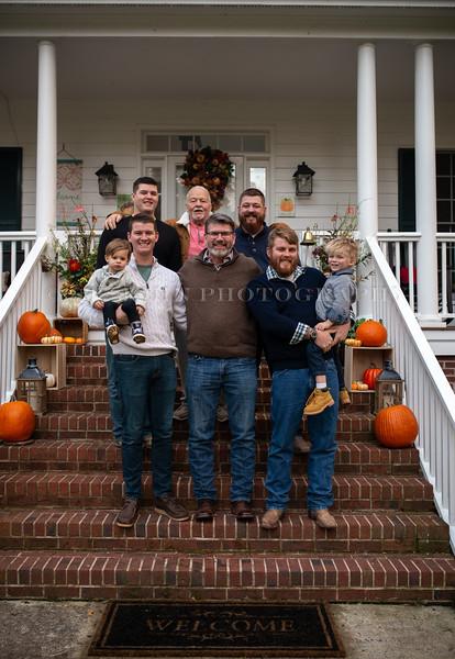 2019 November Ellis Family-226-148.jpg
