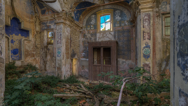Urbex - Chiesa Croce Blu (IT)