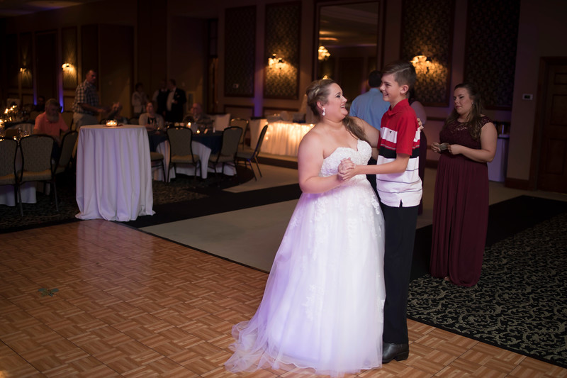 Amanda & Tyler Wedding 0847.jpg