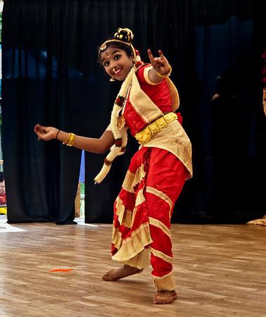 Aruna and Bhavna's Dance