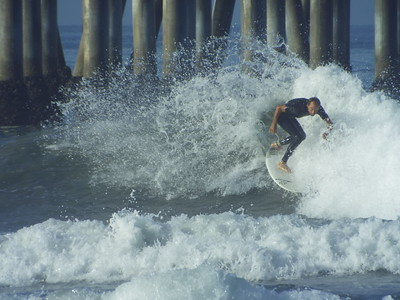 9/3/19 * DAILY SURFING PHOTOS * H.B. PIER