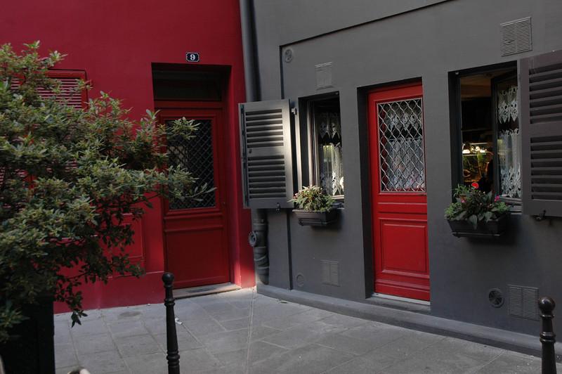 Paris-01 102.jpg
