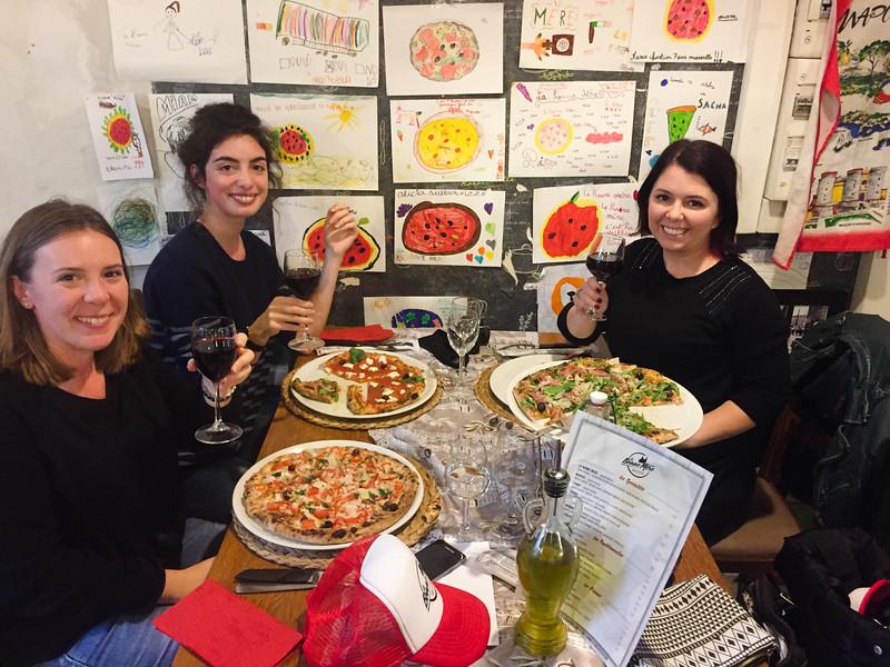 marseille pizza la bonne mere eating 3.jpg