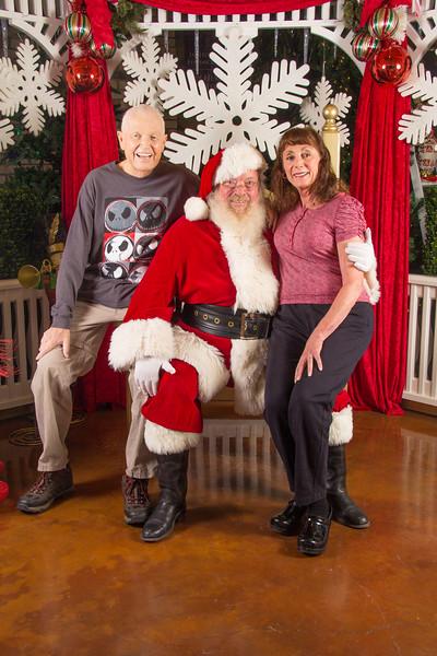 Santa 12-16-17-395.jpg