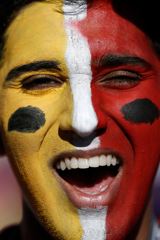 . Vikram Sandhu, of San Jose, Calif., wears face paint before the NFL Super Bowl XLVII football game between the San Francisco 49ers and the Baltimore Ravens, Sunday, Feb. 3, 2013, in New Orleans. (AP Photo/Marcio Sanchez)