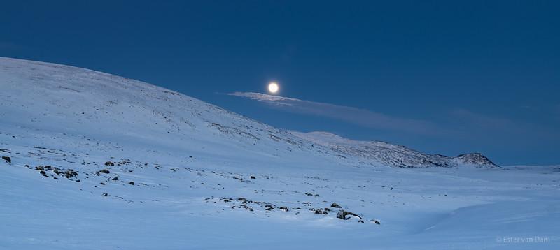 Tunturi in the Light of the Moon