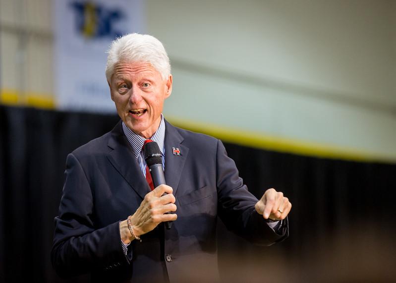 President Bill Clinton @ TCNJ 5-13-2016-46.jpg
