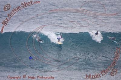 2008_06_28 - Surfing Uluwatu, BALI - Kurt