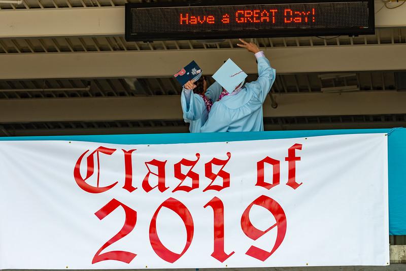 Hillsdale Graduation 2019-10103.jpg