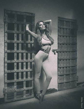 Marie, fashion blogger and model portfolio.