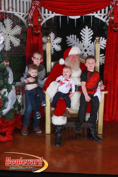 Santa 12-17-16-363.jpg