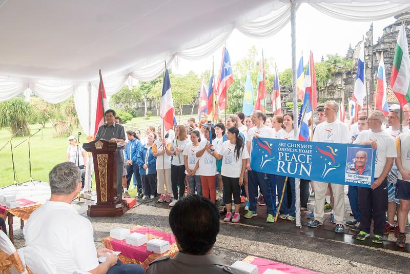 20170131_Peace Run Denpasar w_ViceGov_070.jpg