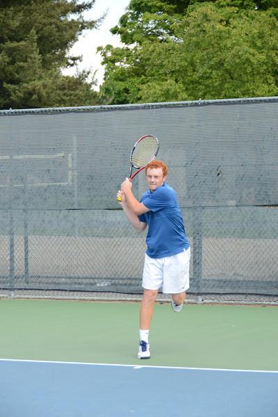 menlo-tennis-2013-boys 14.jpg