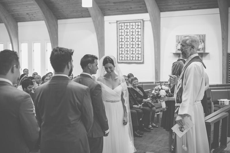 MP_18.06.09_Amanda + Morrison Wedding Photos-7-02067-BW.jpg