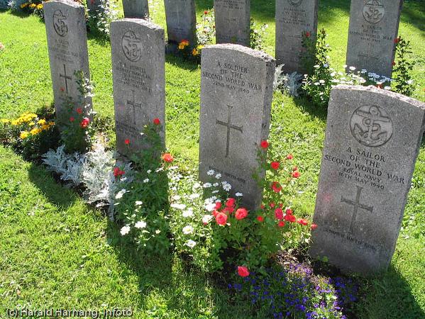 Fra den engelske krigskirkegården i Narvik