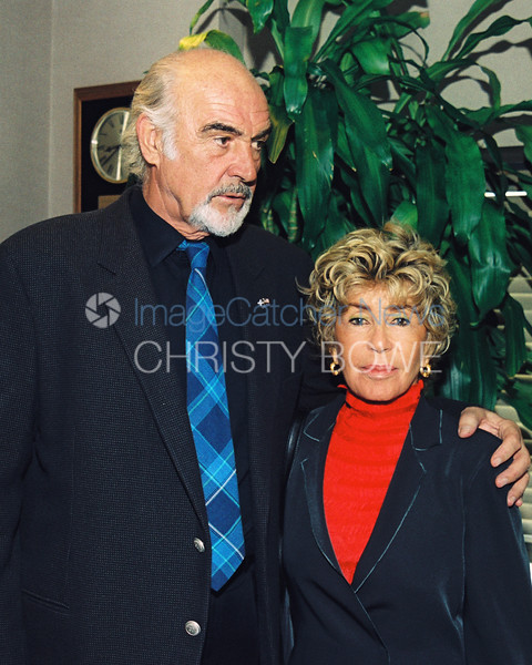 Actor Sean Connery, (aka James Bond) poses with wife Micheline Roquebrune at The National Press Club.